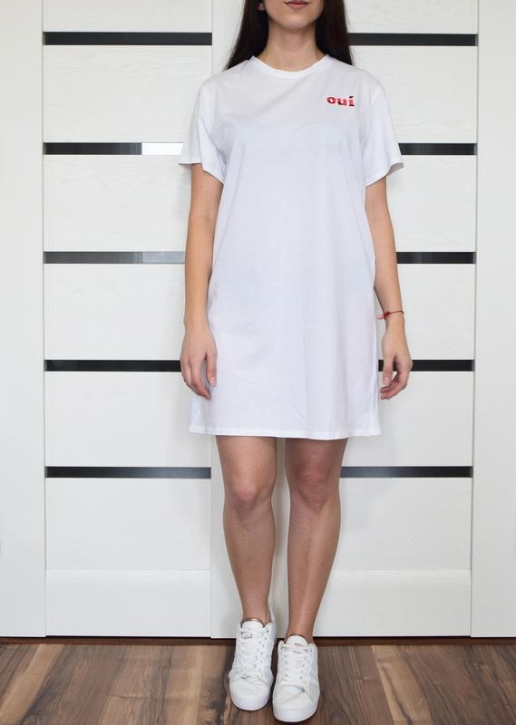 Платье-футболка (новая. с биркой) pritty little thing
