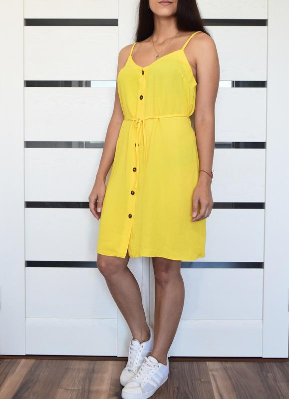 Платье с актуальными пуговицами primark - Фото 2