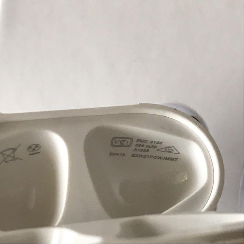 AirPods 2 Wirelles Charging Case Безпровідна зарядка - Фото 6