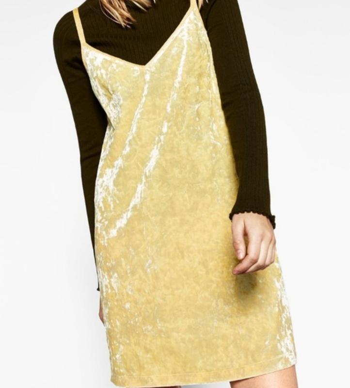Платье бархатное лаймового цвета в бельевом стиле zara размер m/l