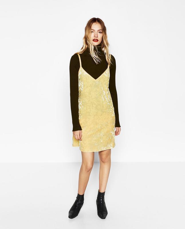 Платье бархатное лаймового цвета в бельевом стиле zara размер m/l - Фото 2