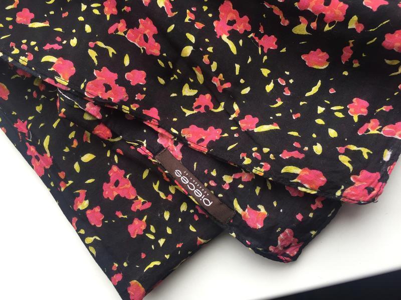 Красивый шарф, платок, цветочный принт pieces accessories - Фото 2