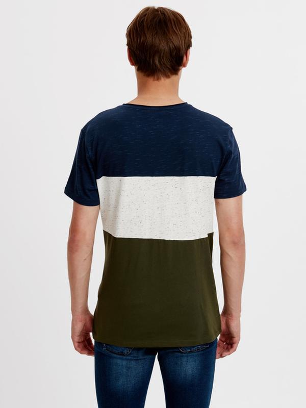 Мужская футболка lc waikiki синий верх, карман и низ цвета хаки - Фото 2