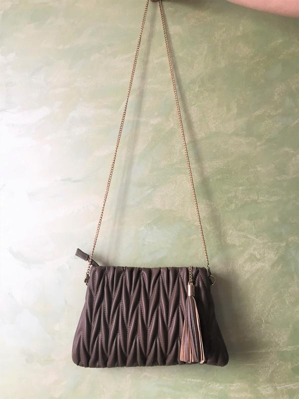 Нарядная сумка на цепочке клатч zebra
