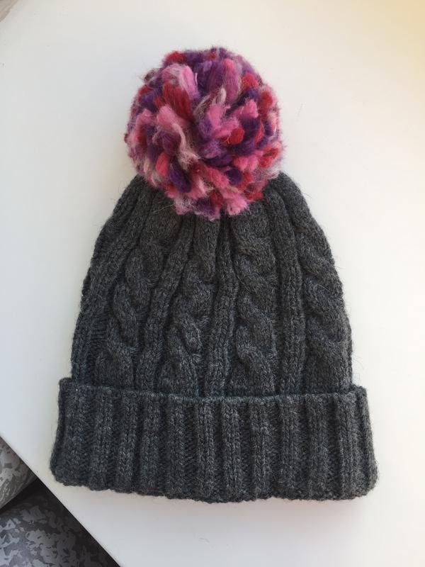 Качественная шапка для девочки c&a, шерстяная - Фото 4