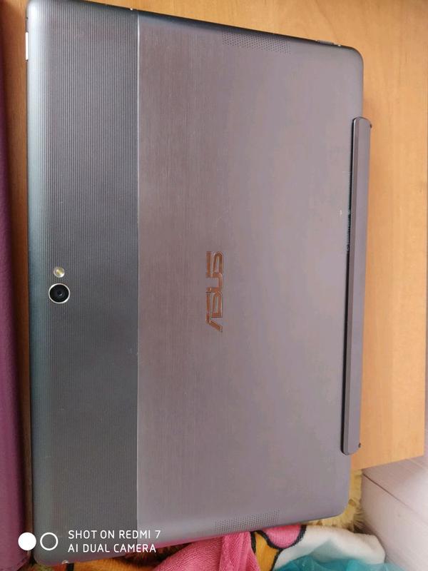 Планшет Asus transformer tf600 + карта памяти на 16gb - Фото 3