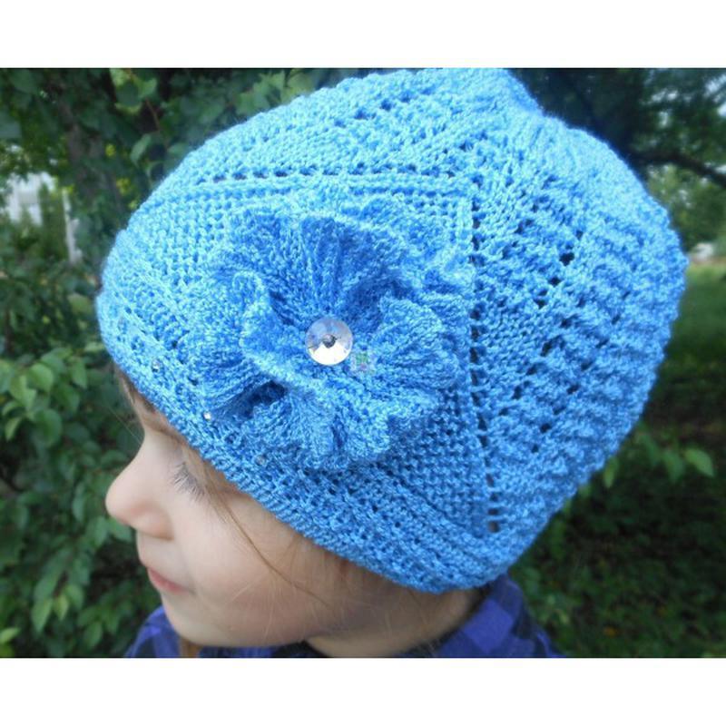 Ажурная шапка для девочки на осень/весну