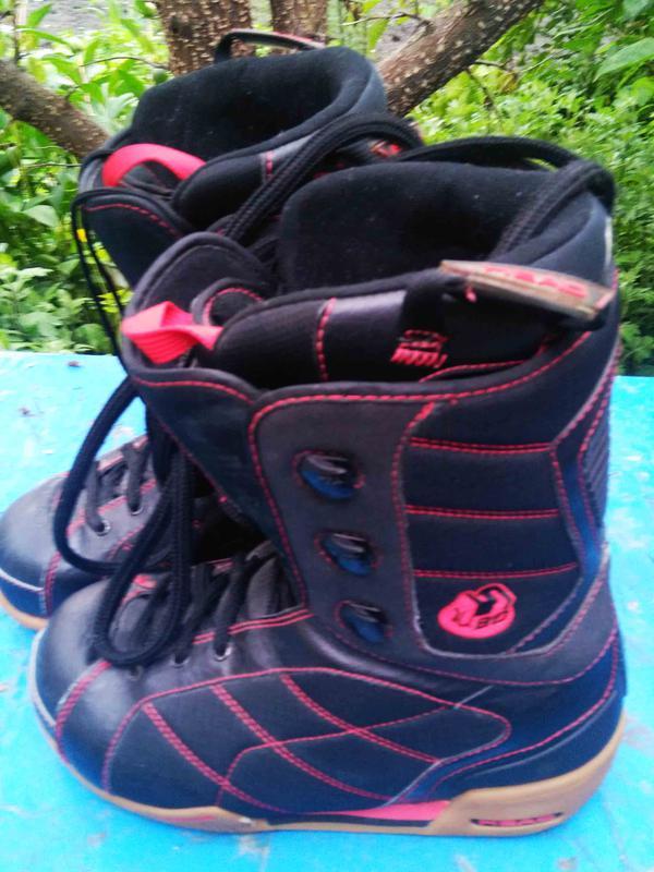 Ботинки для сноуборда 39 .размер HEAD thermo fit