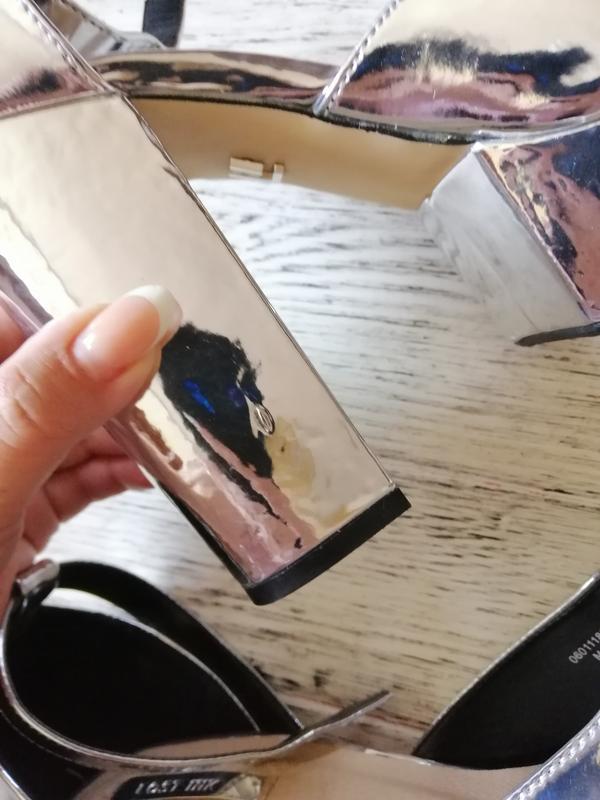 Босоножки на каблуке и платформе lost ink - Фото 5