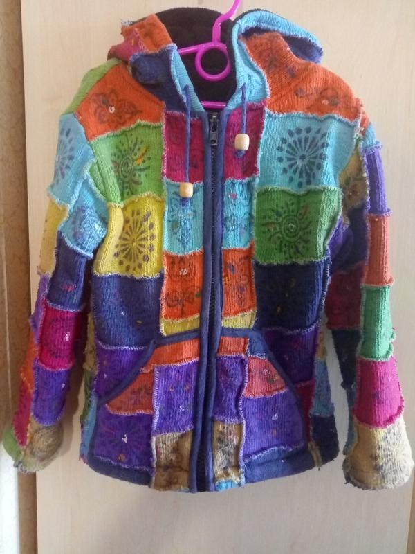 Класснейшая,теплая  куртка