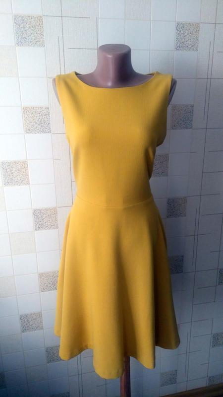 Демисезонное платье а-силуэта top secret