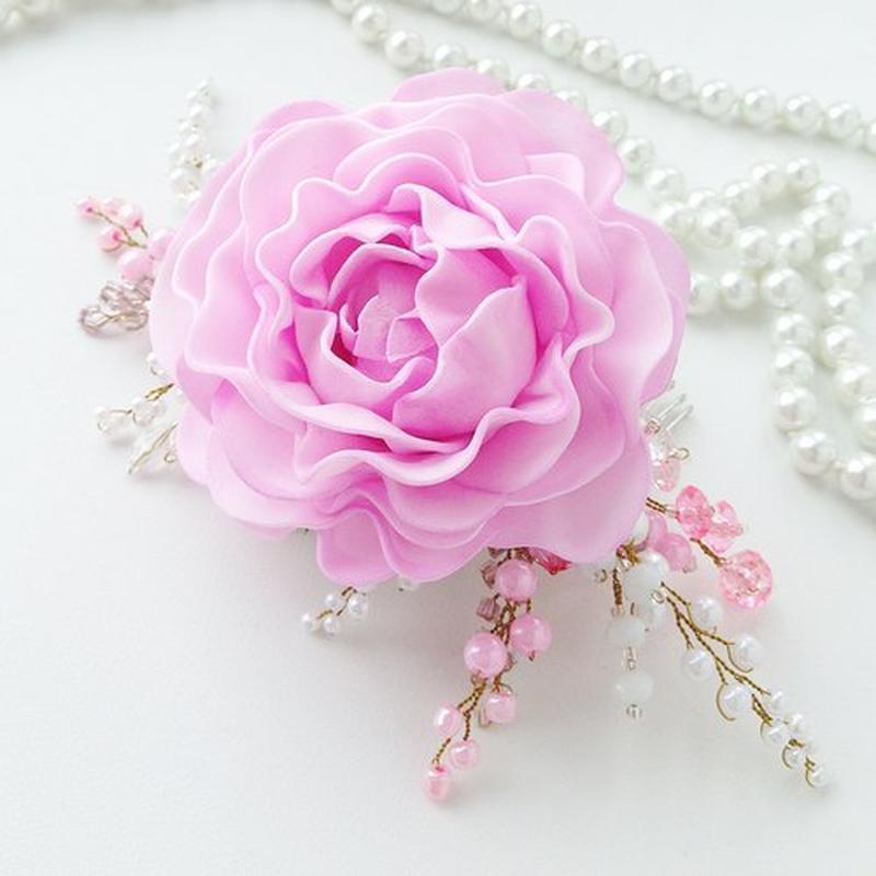 Свадебный гребень с розой и веточками из бусин «нежность»