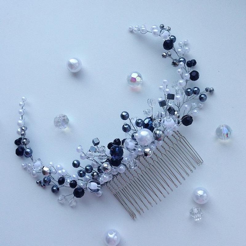 Черно - белый гребень - украшение в прическу ручной работы