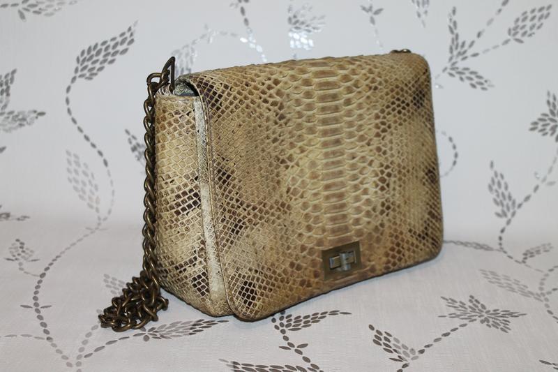 Шикарная сумка из настоящей кожи питона