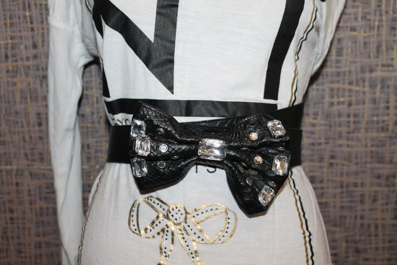 Шикарный кожаный ремень с бантом и стразами.made in italy - Фото 5