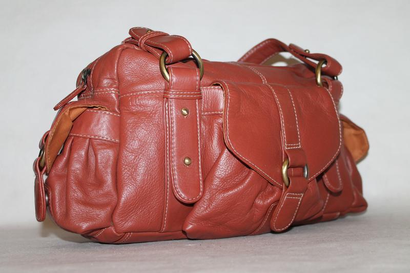 Большая кожаная сумка от tommy&kate.100% натуральная кожа