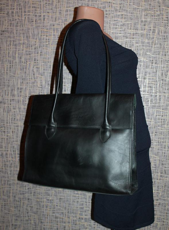 Кожаная прочная и качественная деловая сумка из плотной кожи