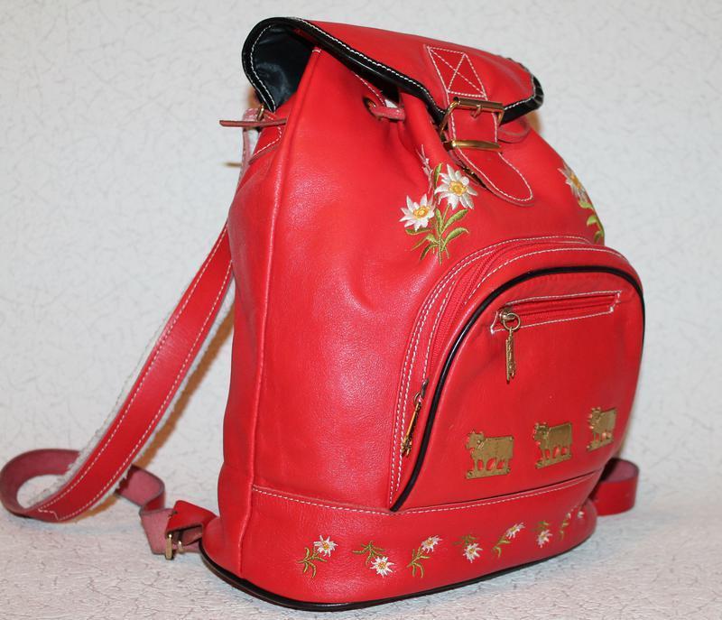 Шикарный кожаный рюкзак с вышивкой - Фото 3