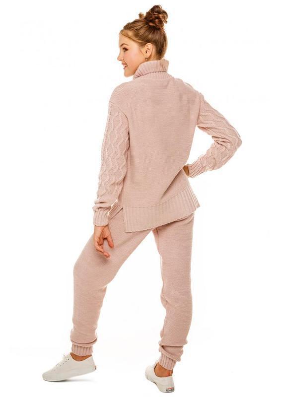 Стильный вязаный костюм для девочки - Фото 2