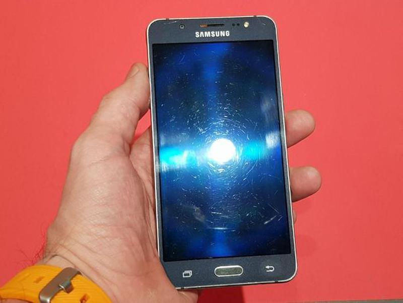 Смартфон Samsung Galaxy J5 (2016) (J510H) Black - Фото 4
