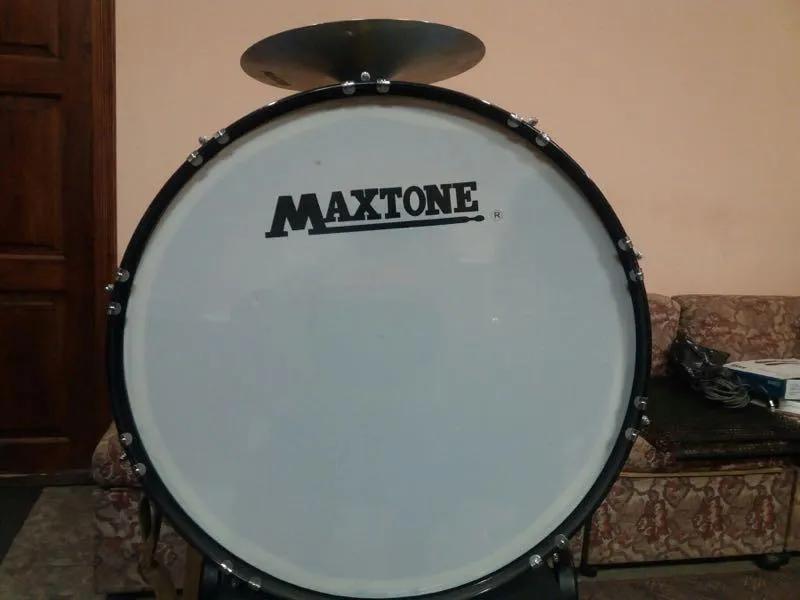 Бас барабан 28' маршовий барабан,бубен