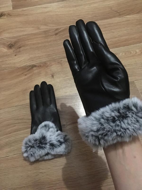 Новые теплые красивые кожаные перчатки с мехом - Фото 3
