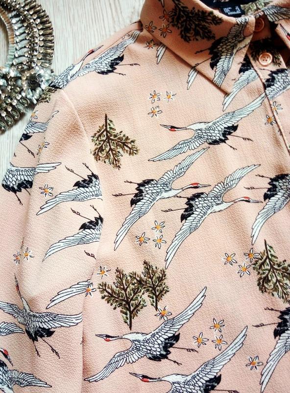 Розовая бежевая длинная миди рубашка платье с рукавами цветочн... - Фото 7
