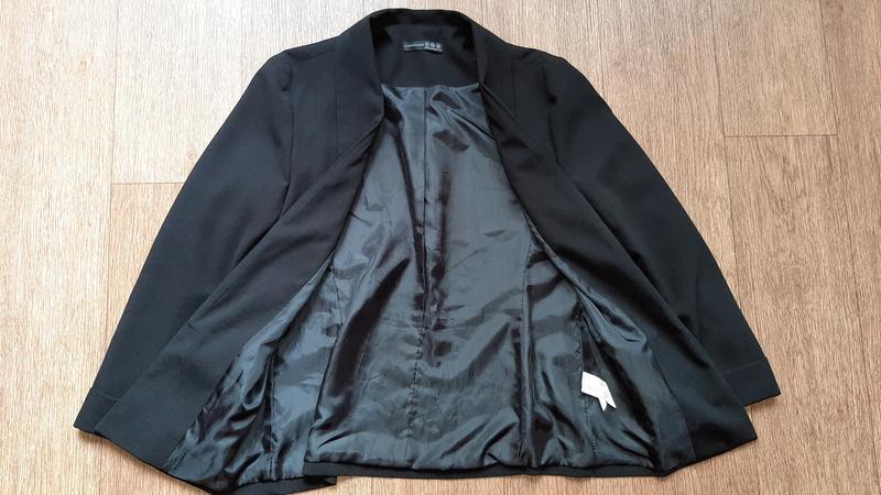 Пиджак чёрный стильный - Фото 3