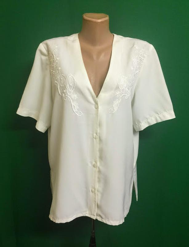 Нарядная блуза с прошвой