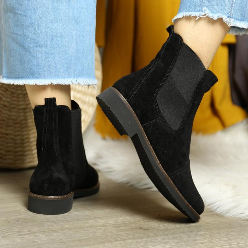 Замшевые женские демисезонные черные ботинки челси низкий кабл... - Фото 3