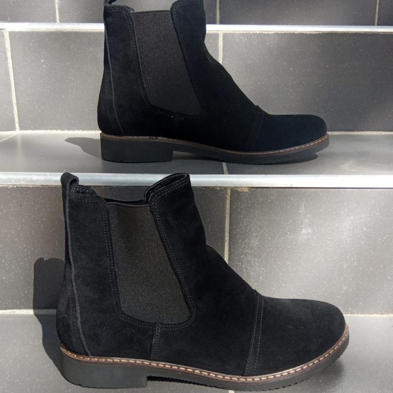 Замшевые женские демисезонные черные ботинки челси низкий кабл... - Фото 5