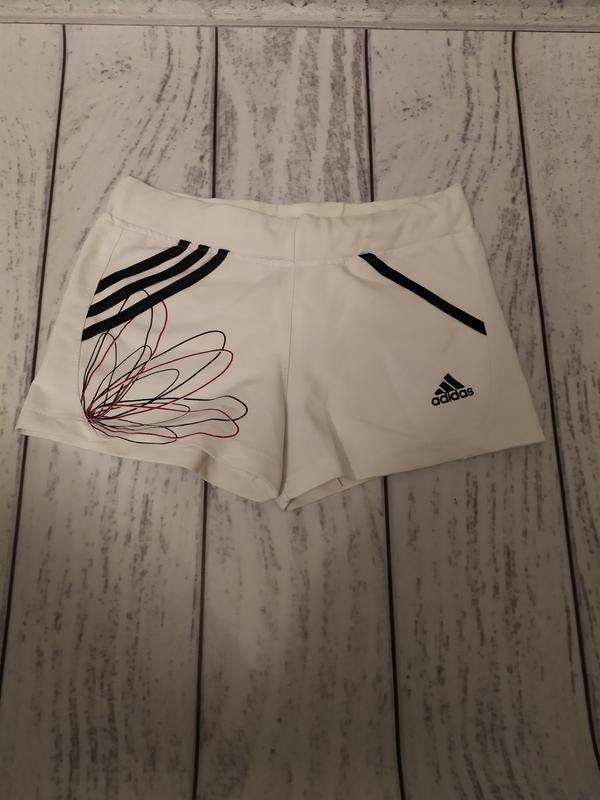 Шорты белые adidas, размер s