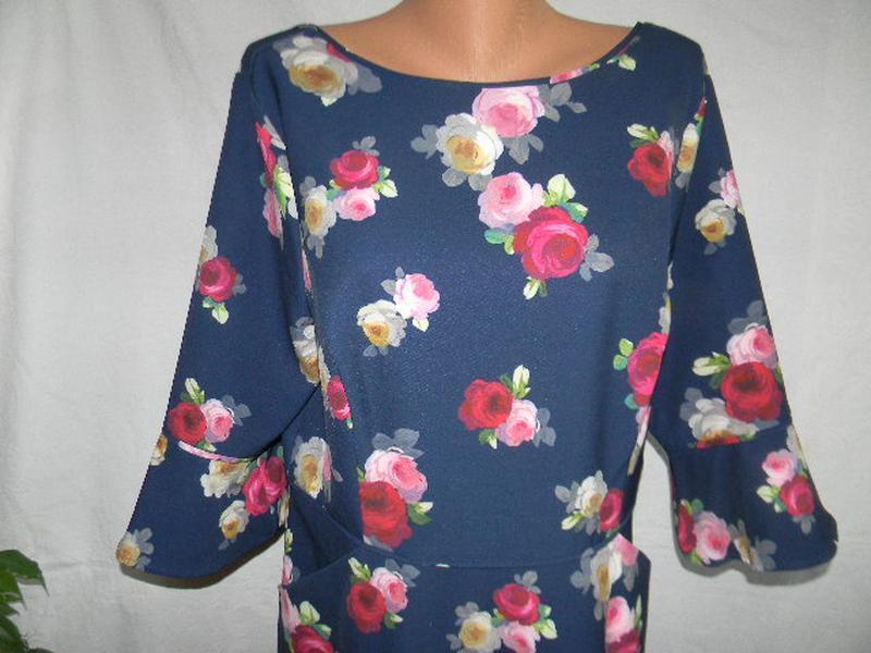 Красивое платье с цветочным принтом mileene klass - Фото 3