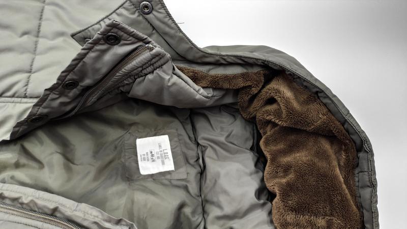 Зимняя куртка на синтепоне размер 44 (наш 48) - Фото 9