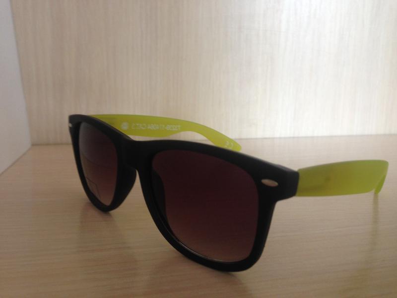 Вайфареры с флексами (солнцезащитные очки)