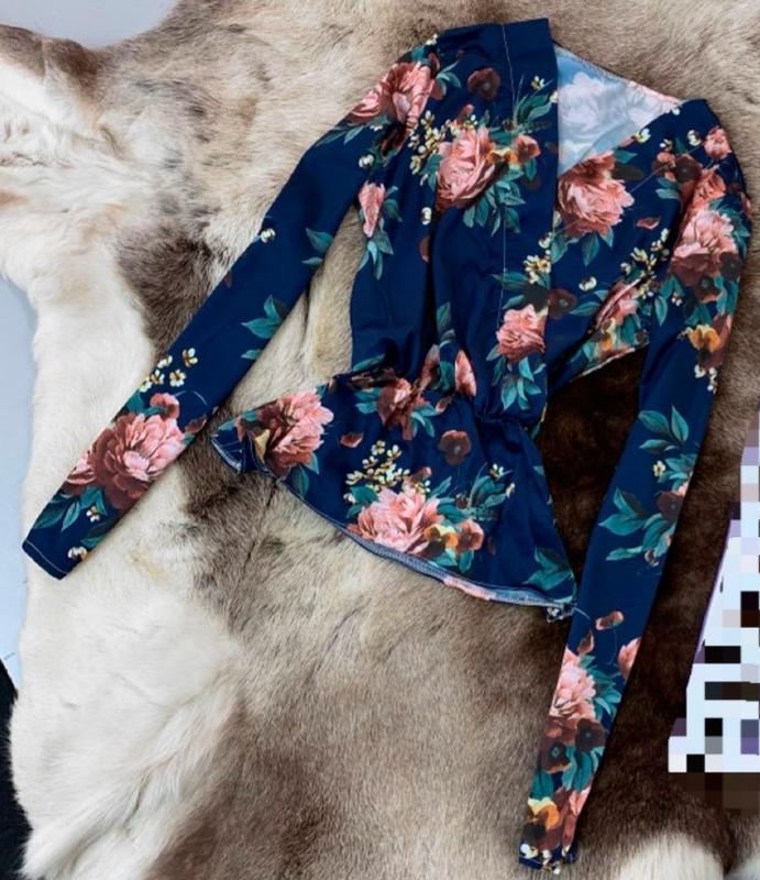 Блуза різні кольори.