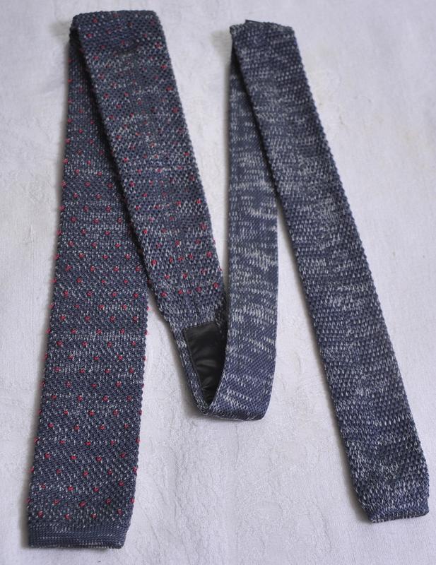 Супер модерновый нестандартный  галстук