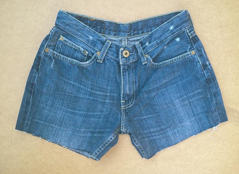 Джинсовые шорты короткие шортики levis - Фото 3