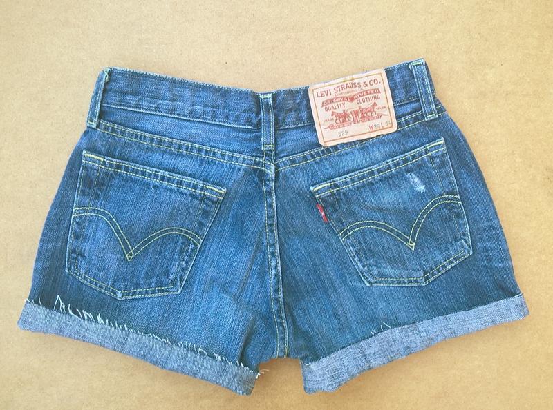 Джинсовые шорты короткие шортики levis - Фото 4