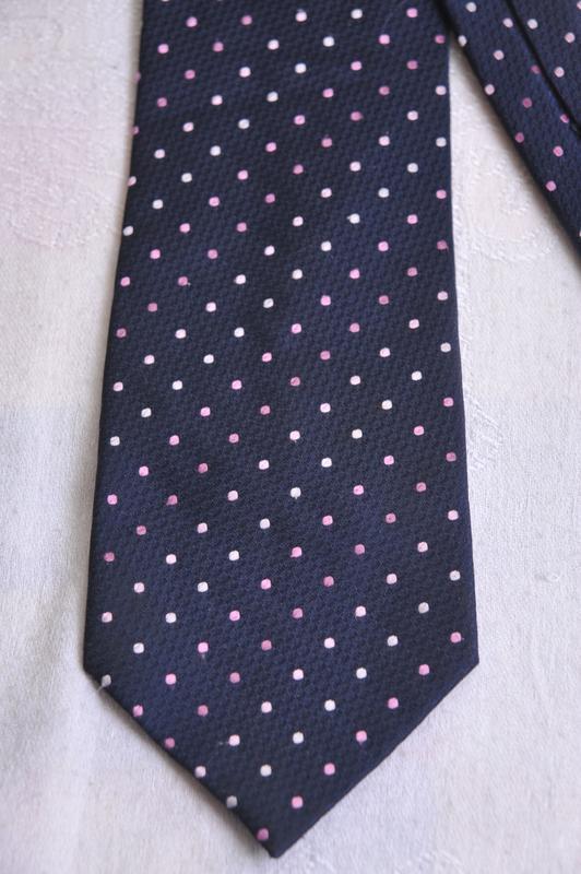 """Стильный  галстук """"f+f"""""""