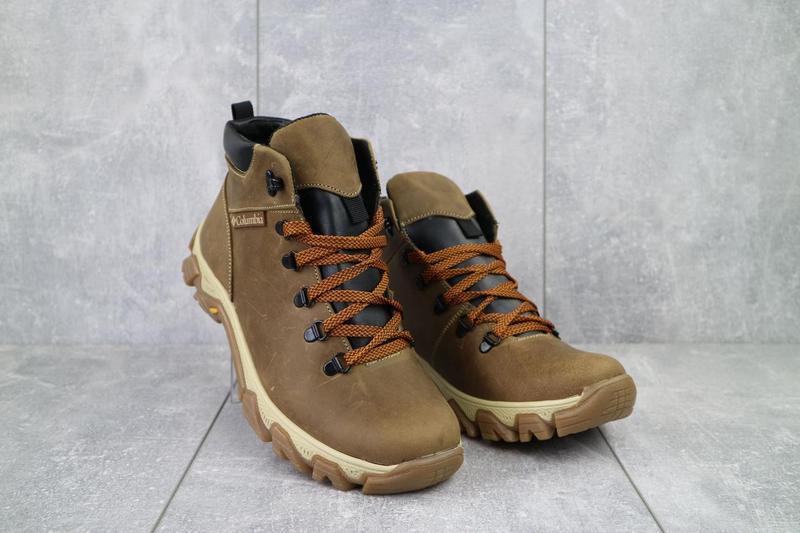 Мужские ботинки кожаные зимние оливковые twics к2