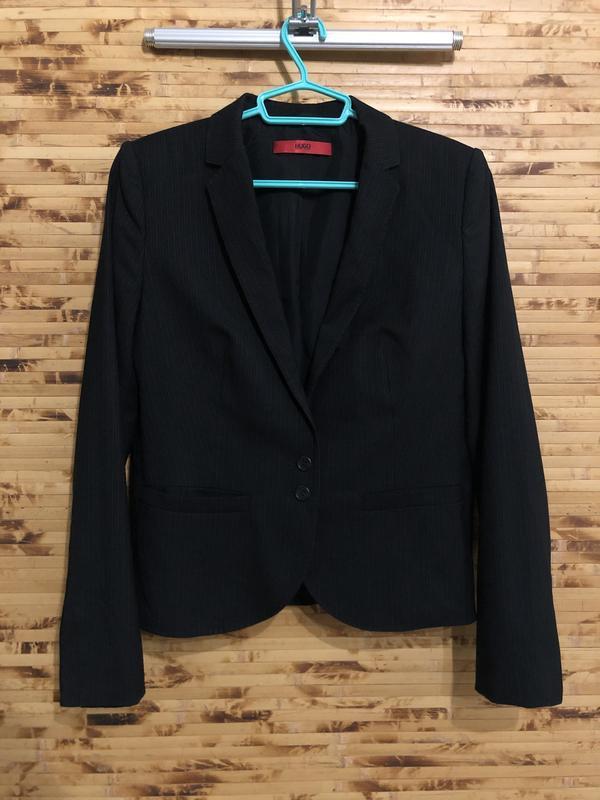 Пиджак жакет hugo boss red label чёрного цвета