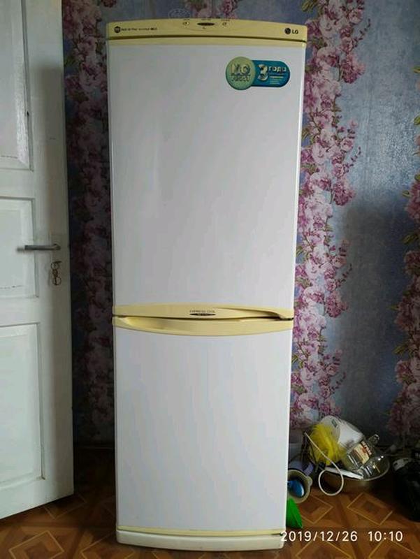 Продам холодильник LG GR-349SQF