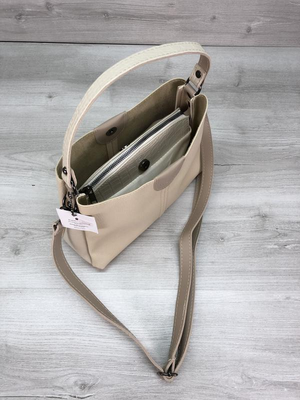 Модная женская сумка бежевая - Фото 2