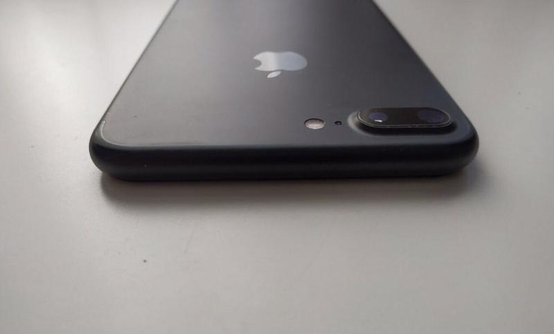 IPhone 7 Plus - Фото 2