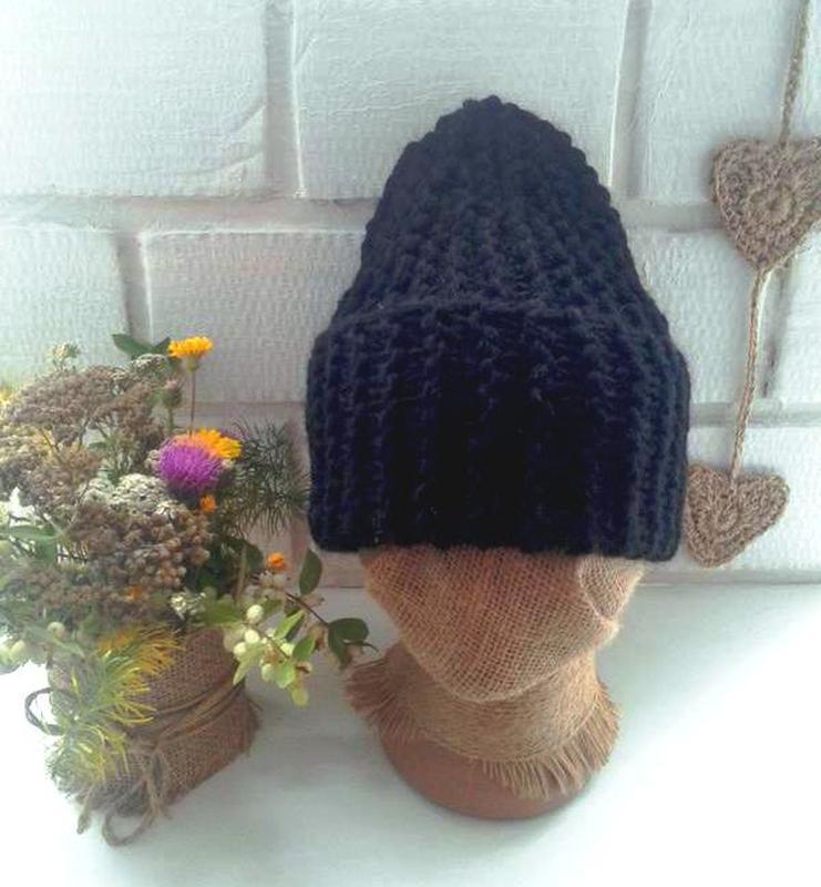 Вязаная шапка бини крупной вязки - Фото 2
