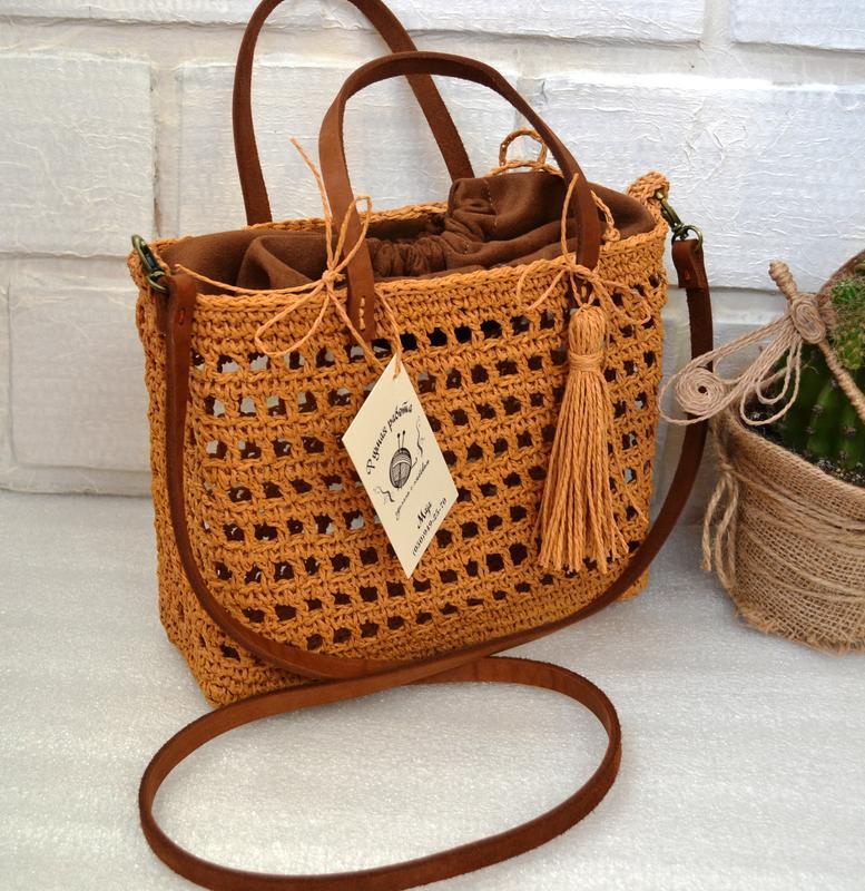 Плетеная летняя сумка. сумочка из рафии с кожаным ремешком - Фото 2