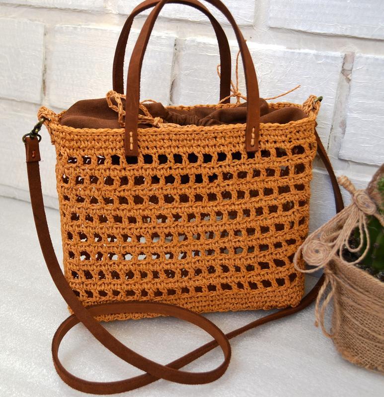 Плетеная летняя сумка. сумочка из рафии с кожаным ремешком - Фото 4