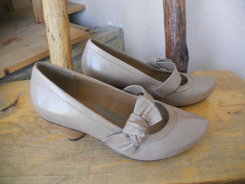 Комфортные туфли кларкс на широкую стопу