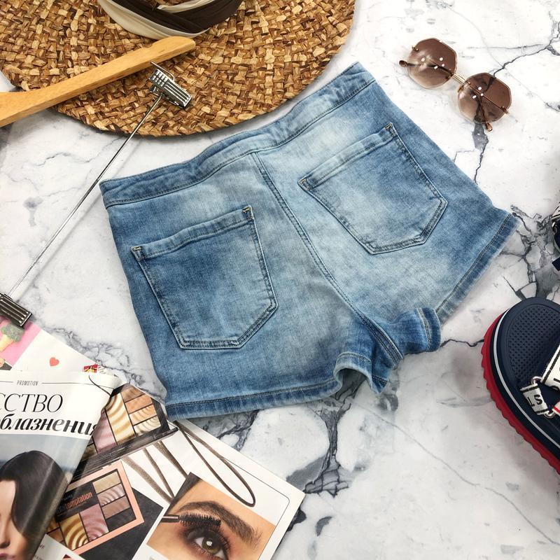 Стрейчевые джинсовые шорты высокой посадки topshop - Фото 3